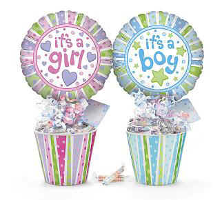 Baby-shower-boy-girl-centerpiece-candy-BUR010753.jpg (21370 bytes)