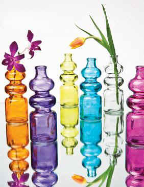 Glass_Vases_colored-Ci.JPG (24065 bytes)