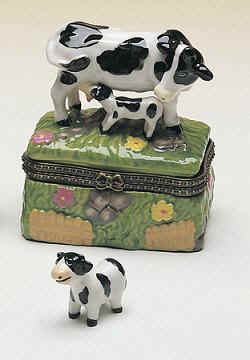 DC00141-cow-farm-animal-trinket-box-favor.jpg (16616 bytes)