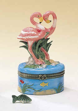 DC00594-Pink-Flamingos-ceramic-trinket-box-favor.jpg (32955 bytes)