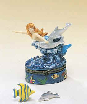 DC00645-Mermaid-dolphins-sealife-Keepsake-trinket-box-favor.jpg (14014 bytes)