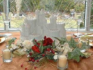 Sandcastle_centerpieces_beach_theme_wedding_9060--.JPG (15062 bytes)