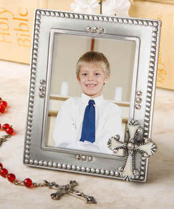 practical seashore favor and picture frame religious_cross frame_favors_holy_first_communion_baptism7768jpg 18064 bytes